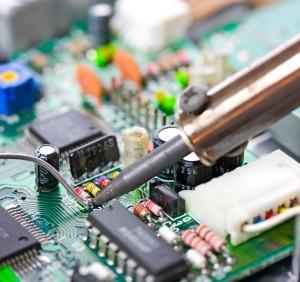 Especialista en Mantenimiento Electrónico y Reparación